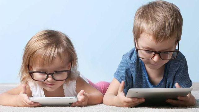 """孩子沉迷游戏不愿写作业?这2招轻松帮娃戒""""网瘾"""",家长别错过"""