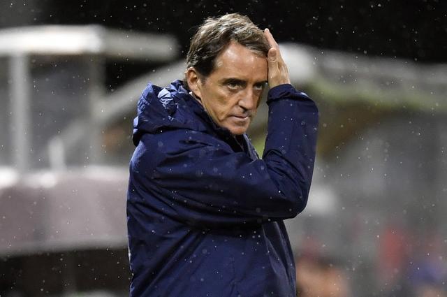 曼奇尼:遗憾罗马那不勒斯和米兰等队退出争冠