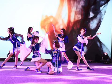SING女团嗨唱由你音乐榜 电子国风点亮舞台