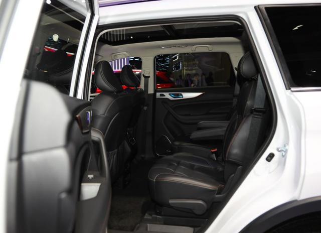 5、6、7座均可选,这几款十万不到的国产SUV让你不再纠结空间