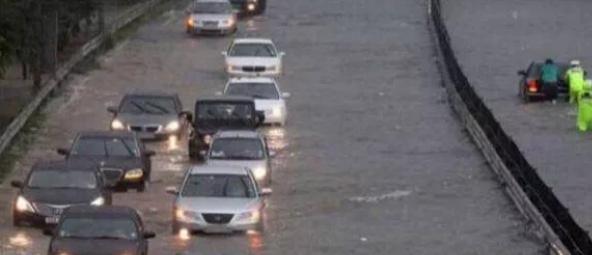 汽车在不开的情况下被水淹了,水退之后能正常开吗?