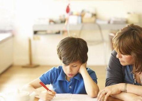 """""""好学""""和""""学好""""哪个更重要?心理学:别做短期功利主义父母"""