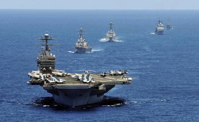 美率八国联军向伊朗施压,中俄大批军舰赶来,日本派舰机支援美军