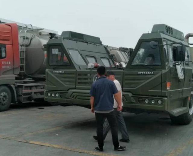 军迷吐槽东风-41底盘设计丑陋?其实是高机动性的实力象征