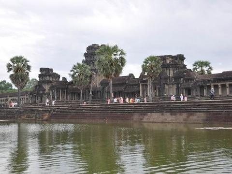 私藏在柬埔寨的东方四大奇迹之一,规模宏伟,震撼心灵