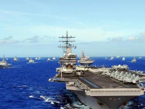 美国海军的顶梁柱,真正的海上巨兽,可搭载85架舰载机