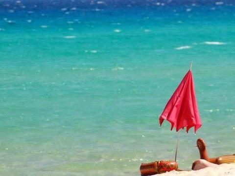 """最""""小气""""的海岛:游客带走白沙被捕,面临高额罚款"""
