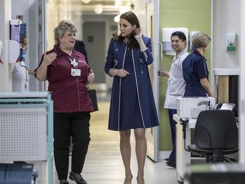 凯特被发现在医院妇产科!