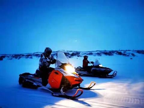 世界尽头极夜徒步 南阳人殷志勇极夜在北极圈内徒步抵达北冰洋