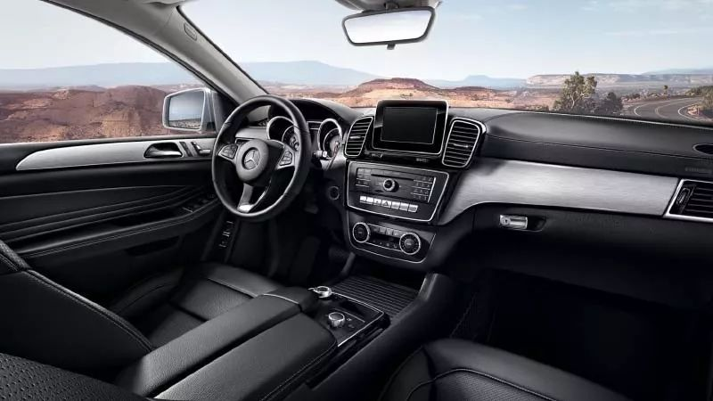 """同样""""溜背"""" 价格差百万 四款豪华品牌运动型SUV总有一款适合你"""