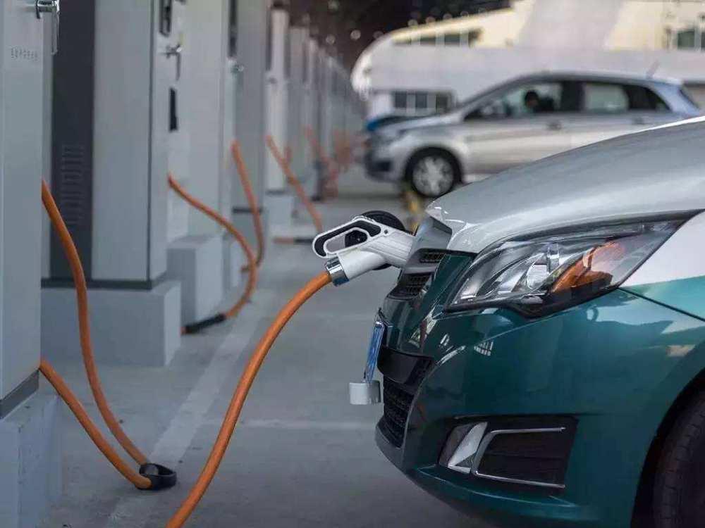 深圳要求新增网约车必须是纯电动车,靠网约车能救活新能源市场?