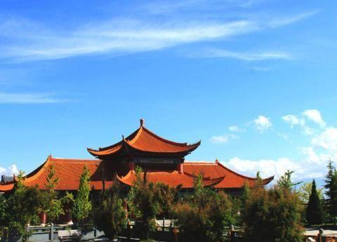 """去寺庙旅游,佛像前""""捐赠箱""""里的钱都去哪了?最后一点很惋惜"""