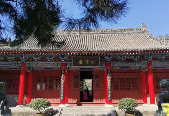 """中国最""""拥挤""""寺庙,大殿挤进3700尊佛像"""