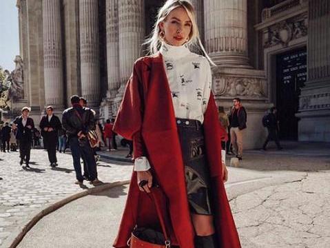 冬天这么穿太霸气了!橘红色皮衣+橘红网纱连衣裙,搭配大胆好看