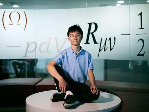 22岁中国天才,拒绝美国绿卡回国,有望成为最年轻的诺贝尔奖得主
