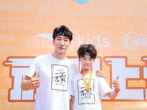 张亮儿子12岁身高170cm,谁留意田亮11岁女儿身高?基因果然强大