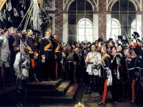 已经当了德意志宰相的俾斯麦为什么一定要兼任普鲁士首相?