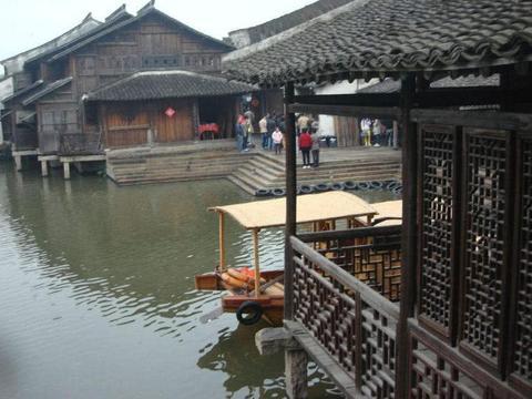 去浙江旅游,在横店影视城18公里附近,还有这几个热门景点