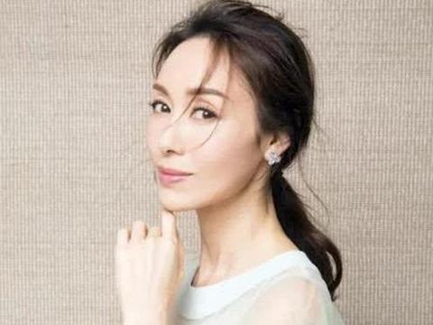 她出身豪门曾是TVB名旦,如今49岁庆生近照曝光,皮肤细嫩如少女