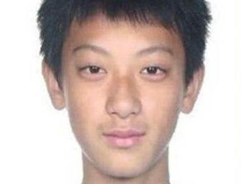 男明星出道前, 黄子韬阳刚, 邓伦是初恋脸, 魏大勋: 不好意思走错