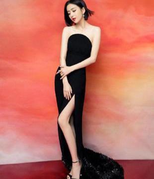 冬奥会启动,蔡徐坤穿裤子与白雪为舞,佟丽娅却穿裙子大秀小鸟腿