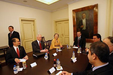 叙利亚媒体曝出猛料,引全球瞩目,土耳其丑陋的嘴脸藏不住了