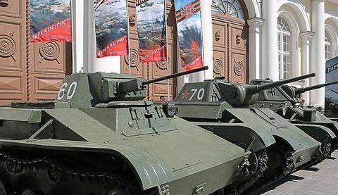 二战击毁2辆黑豹的T-70轻型坦克,只是一种性能中庸的武器装备