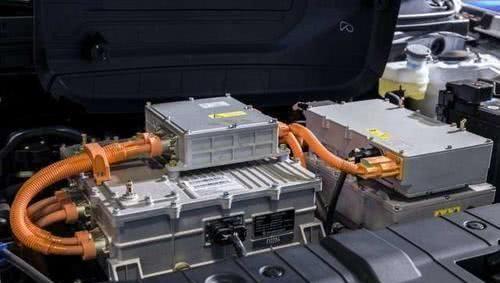 开了三年的比亚迪唐换电池,车主晒出账单引网友热议