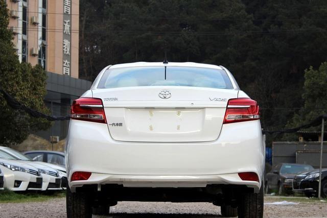 最适合工薪族的合资车,5万出头配4缸机,油耗仅3毛6,出自丰田