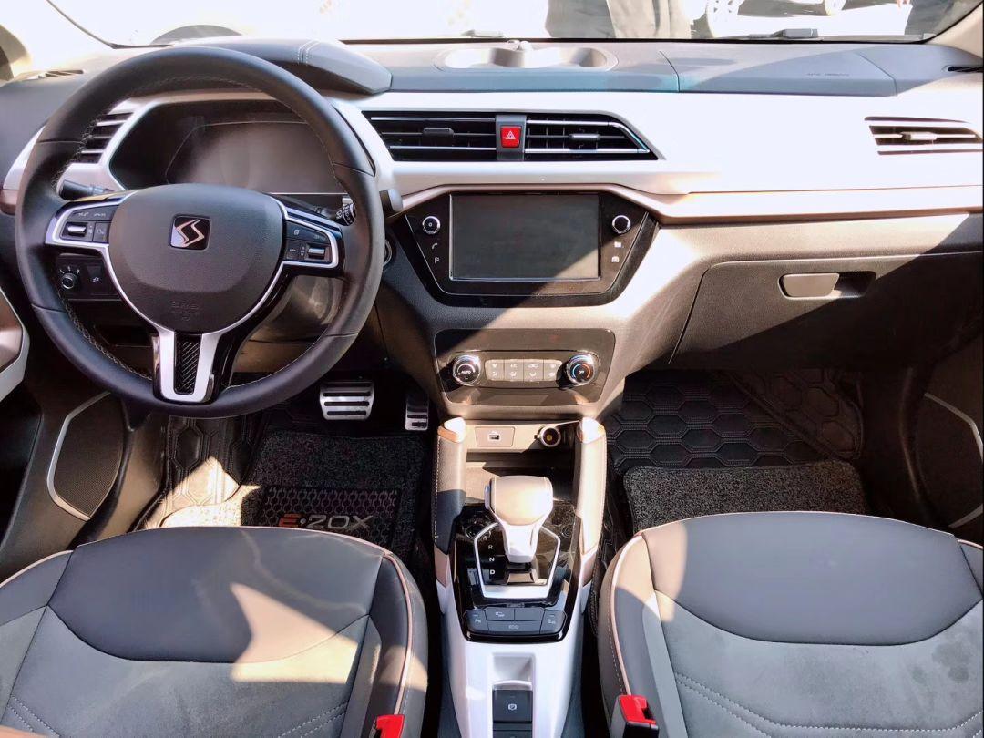 冬天续航放心,配大众AI语音系统,江淮大众首款车型试驾报告来了