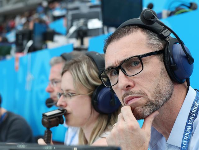 基翁:曼联赢球控球率偏低 有球权并不意味胜利