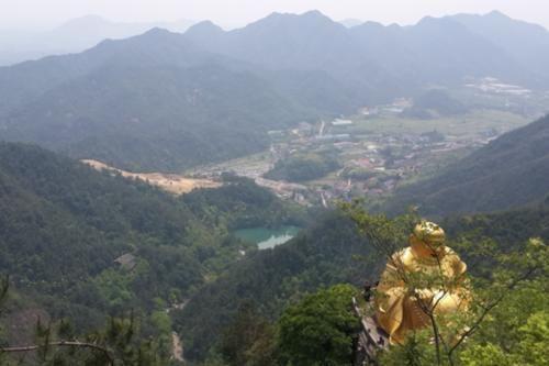 江南第一的悬空寺,又叫浙西小九华,背后有你不知道的景象
