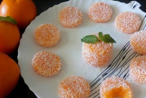 教你个桔子新吃法,加上碗玉米淀粉,做成美味小甜品,松软可口