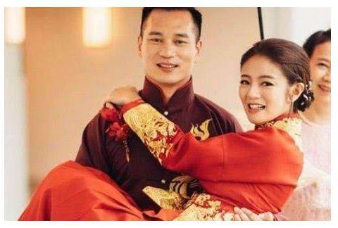 当吴佩慈奚梦瑶挤破头进豪门时,唯独她被豪门想尽办法要娶的人