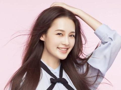 """青衣出身的李沁一直不温不火,为何被韩媒称为""""中国妖精""""?"""