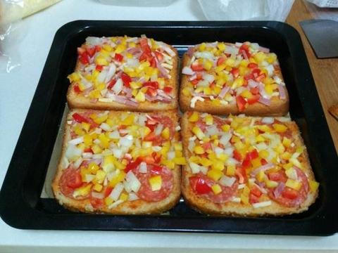 吐司披萨,营养丰富,松软好吃,赶紧学起来吧