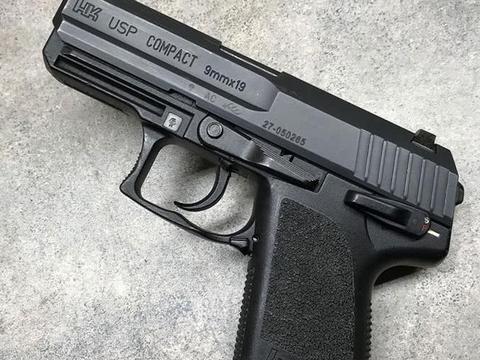 美国枪械作家:使用黑克勒-科赫USP紧凑型手枪15年的亲身感受