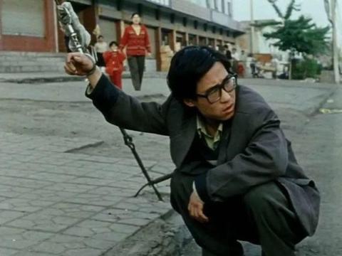 《小武》这是一个时代的缩影,也是贾樟柯式的心灵回归