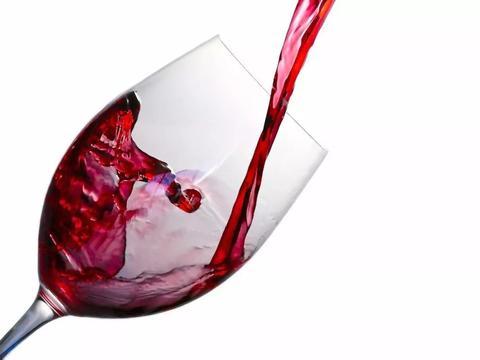 干了这杯红酒,宇航员的肌肉萎缩也许就能被解决!