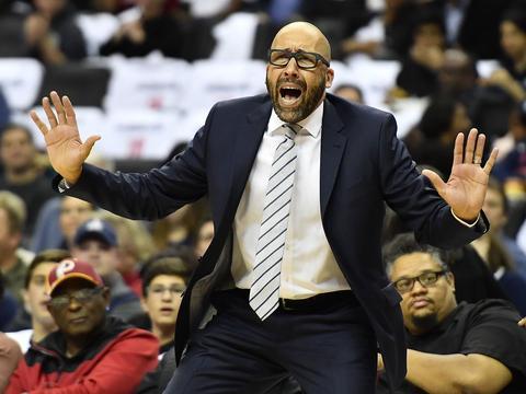 官宣!NBA首个被下课主教练,库里宣告赛季报销,纳什看好东契奇