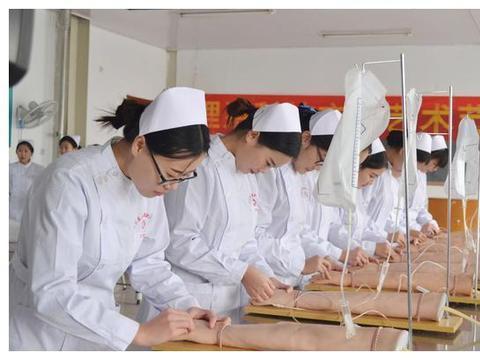 南充国贸科技职业学校--创新人才培养模式,校企合作办学