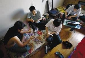 重庆3所冒牌货大学,毕业证如同废纸,大学4年后还是高中文凭