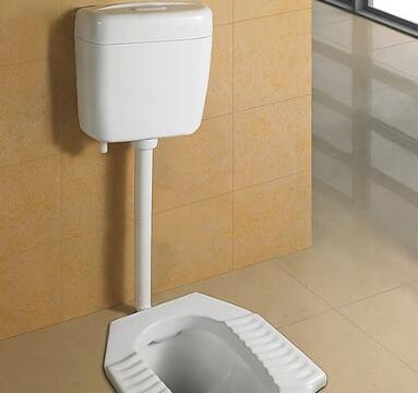卫生间安装蹲便器替代马桶好不好?听完老师傅分析,我恍然大悟