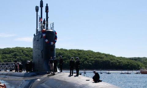 携带40枚巡航导弹,可以消灭整个舰队,美攻击型核潜艇下饺子