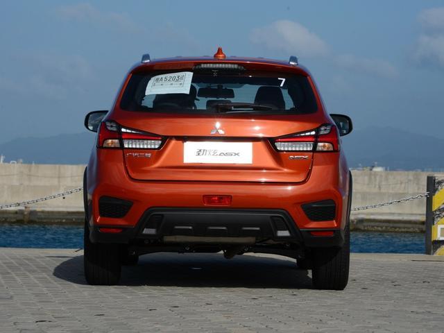 怪不得三菱越卖越差,15万的新车,全系没ESP!