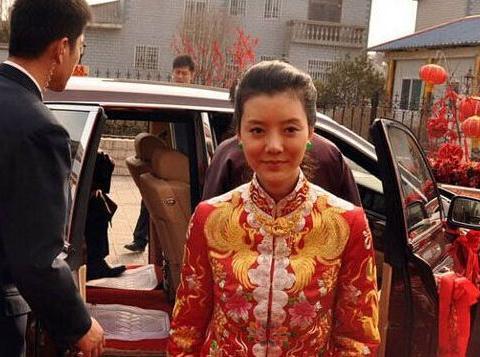 64岁老戏骨王丽云,出道30年多演配角,女儿却是一线明星