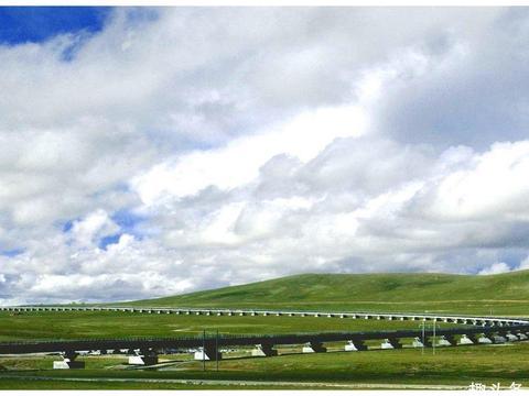 青藏铁路只有一条轨道,两列火车相遇咋办不得不佩服中国的智慧