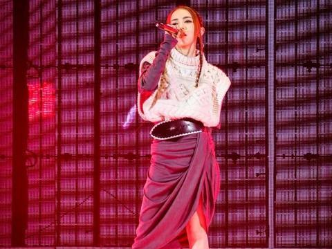 「消息」G.E.M.邓紫棋献唱2019TMEA腾讯音乐娱乐盛典 唱功超稳