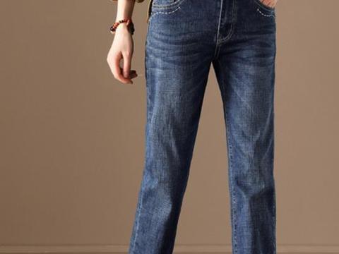 懒姑娘都在穿的牛仔裤,柔软有弹性,搭配起来不用愁
