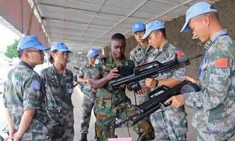 联合国装备战备核查 我赴黎维和部队高标准通过